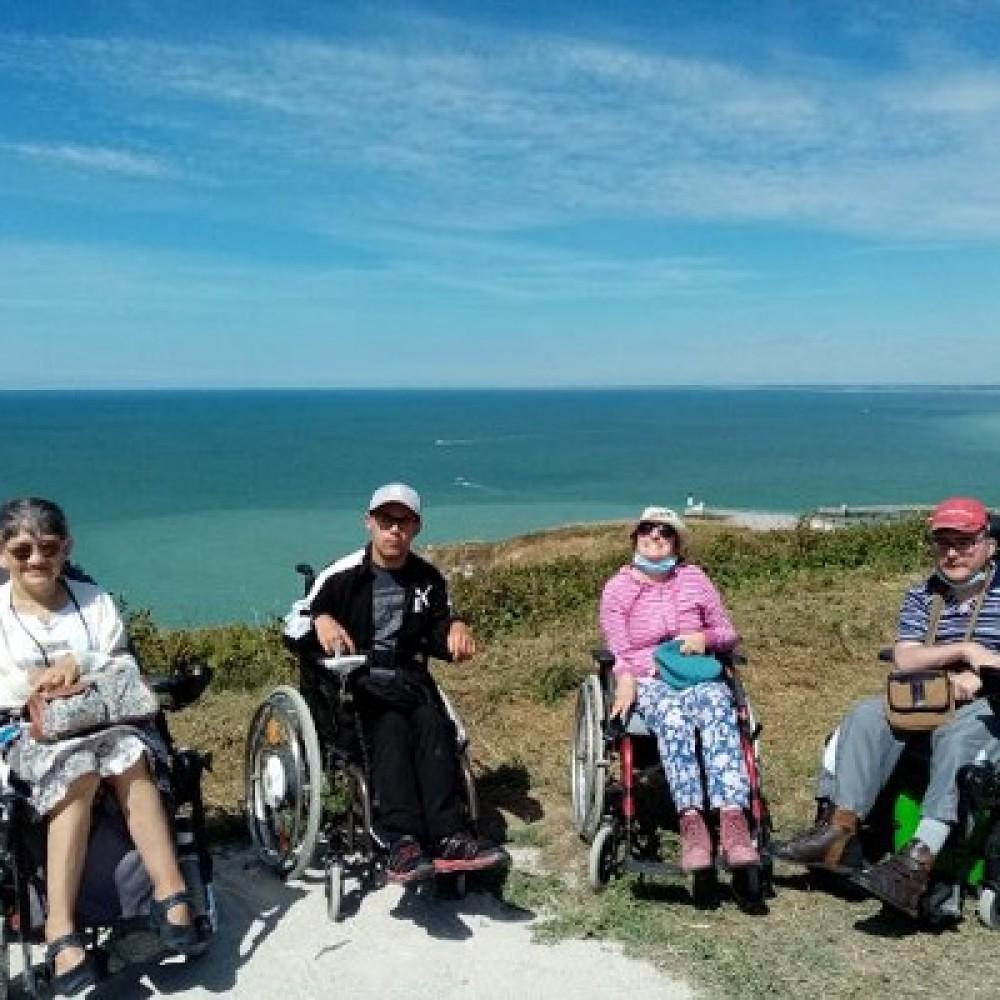 Déconfinés, nous restons aux côtés des personnes en situation de handicap et leur famille !