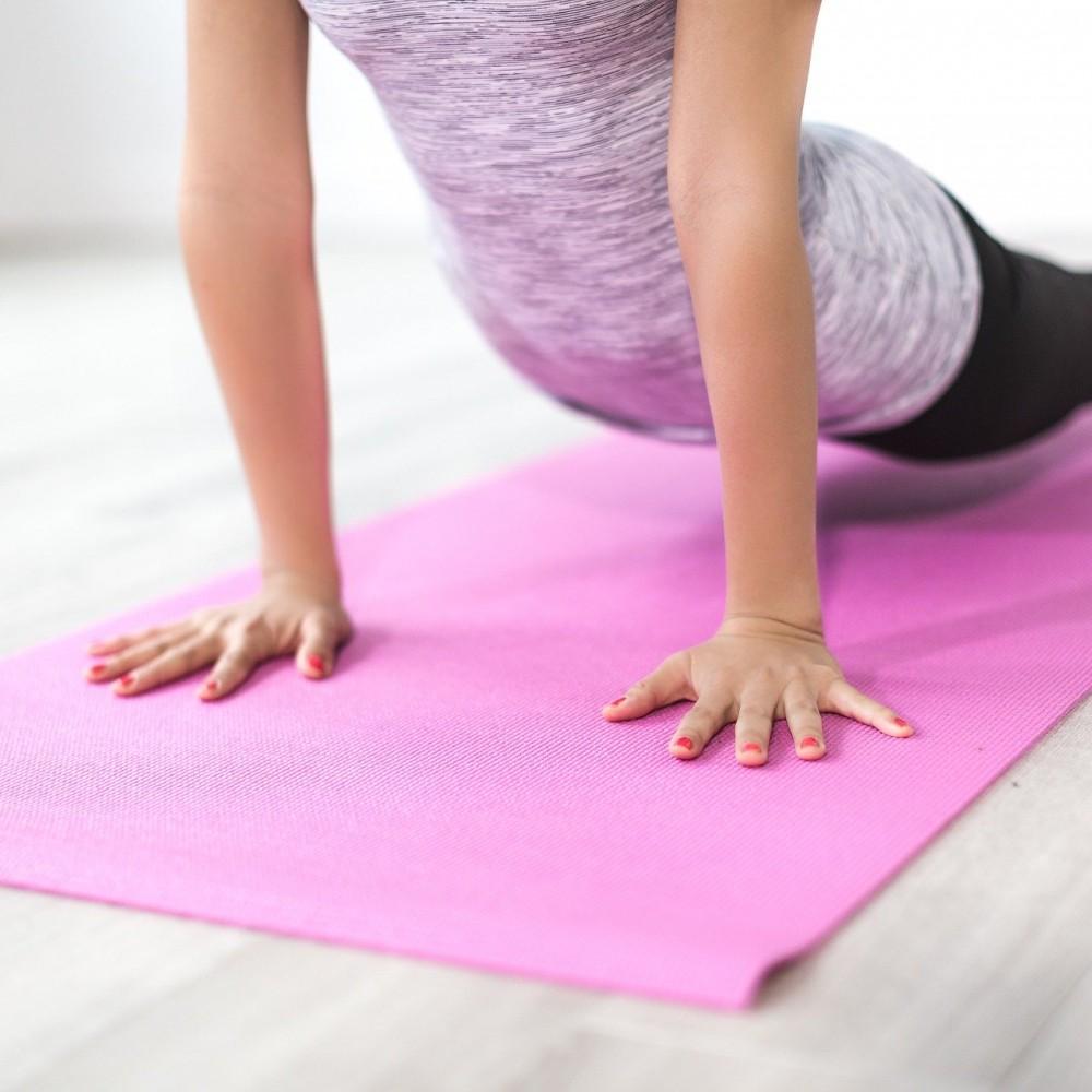Soutenir les personnes atteintes d'un cancer par des séances de yoga